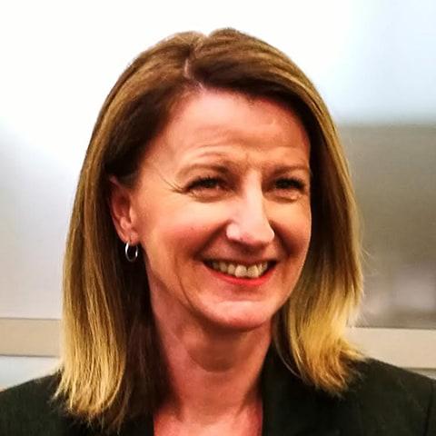 Headshot of Gail Murdoch